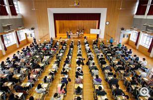 2015文凭试开考